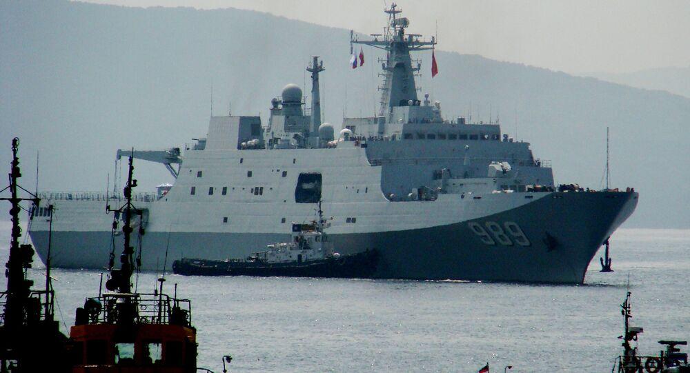 Welcoming Chinese warships in Vladivostok
