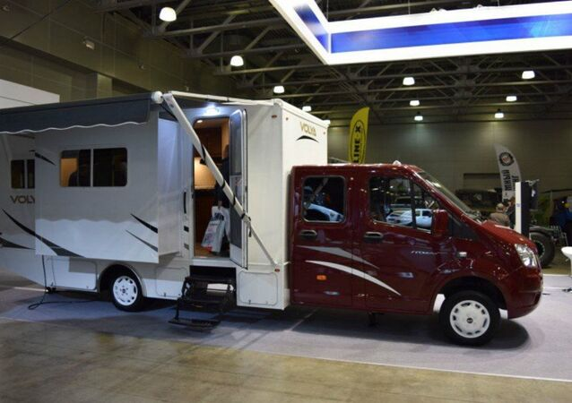 Leading Russian commercial vehicle manufacturer GAZ has presented a new camper version of its popular GAZelle Next platform, introducing it at the Moscow Off-Road Show, taking place this week in the Russian capital, Russian automotive news website Za Rulyem reports.