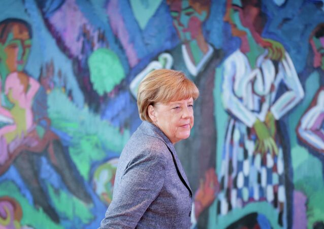 German chancellor Angela Merkel arrives for a cabinet meeting at the chancellery in Berlin, Aug. 26, 2015.