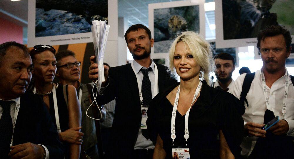 Sergei Donskoi and Pamela Anderson