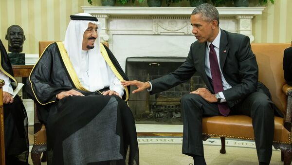 President Barack Obama, right, meets with King Salman of Saudi Arabia in the Oval Office of the White House, on Friday, Sept. 4, 2015, in Washington - Sputnik International