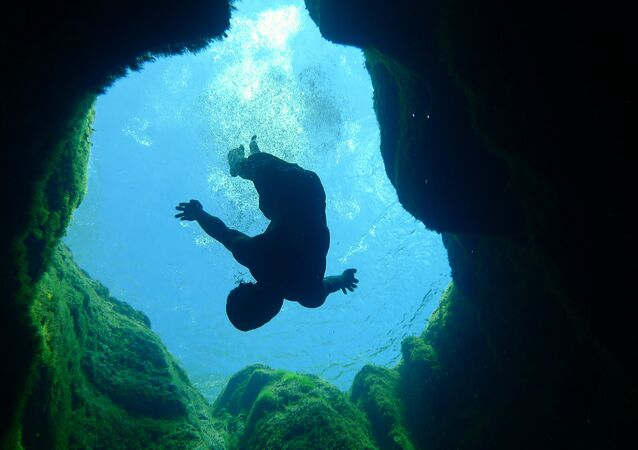One of the most dangerous places to dive on Earth, Jacob's Well, in Texas, US.