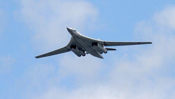 Tu-160 is a supersonic, variable-sweep wing heavy strategic bomber. - Sputnik International