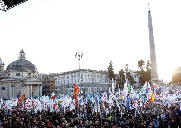 Italian Lega Nord (Northern League) protesters crowd Piazza del Popolo, a vast square in central Rome, during a rally to demand the Italian government keep out immigrants, Saturday, Feb. 28, 2015
