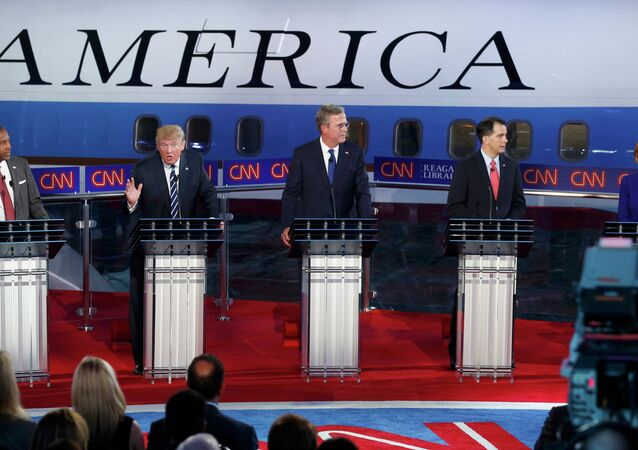 Republican U.S. presidential candidates during the second official Republican presidential candidates debate of the 2016 U.S. presidential campaign at the Ronald Reagan Presidential Library in Simi Valley, California, United States, September 16, 2015