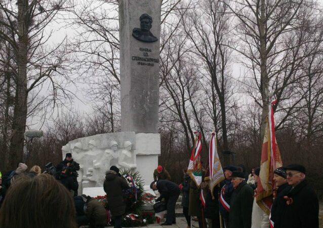 Chernyakhovsky monument in Poland. File photo
