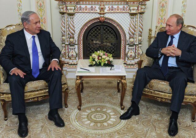 Russian President Vladimir Putin meets with Israeli Prime Minister Benjamin Netanyahu