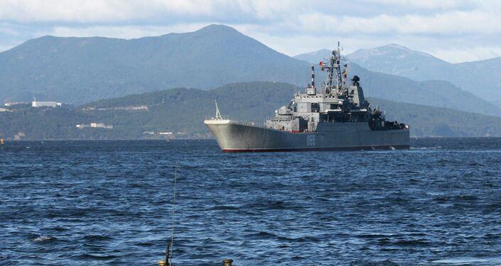Training exercise to rebuff amphibious assault landing on shore of Kamchatka Peninsula