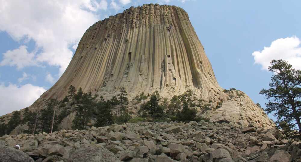 Native Americans, Wyoming Officials Clash Over Devil's Tower