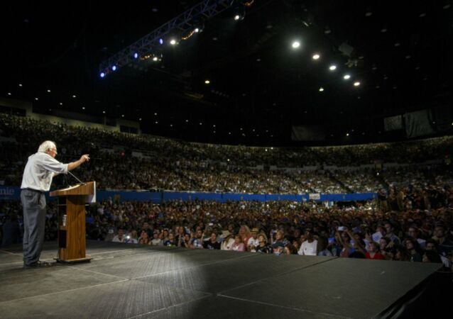 Bernie Sanders Has Nearly 1 Million Grassroots Campaign Contributions