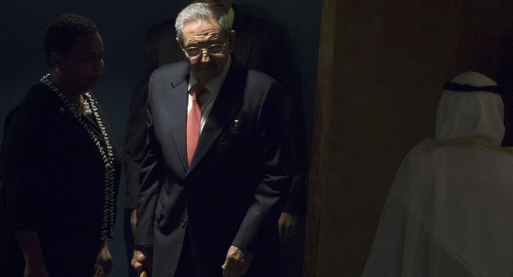 Cuba's President Raul Castro arrives to address a plenary meeting of the United Nations Sustainable Development Summit 2015 at the United Nations headquarters in Manhattan, New York September 26, 2015.