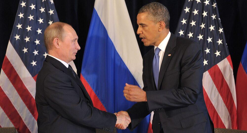 Russian President Vladimir Putin meets U.S. President Barack Obama