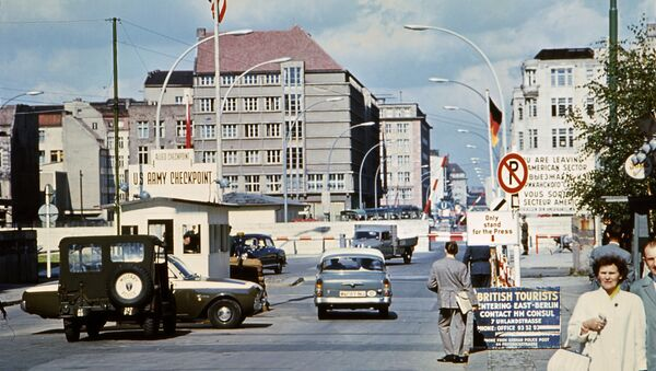 Picture taken in June 1968 of the famous Checkpoint Charlie crossing point, marking the border between East (Soviet sector) and West Berlin (American sector) - Sputnik International