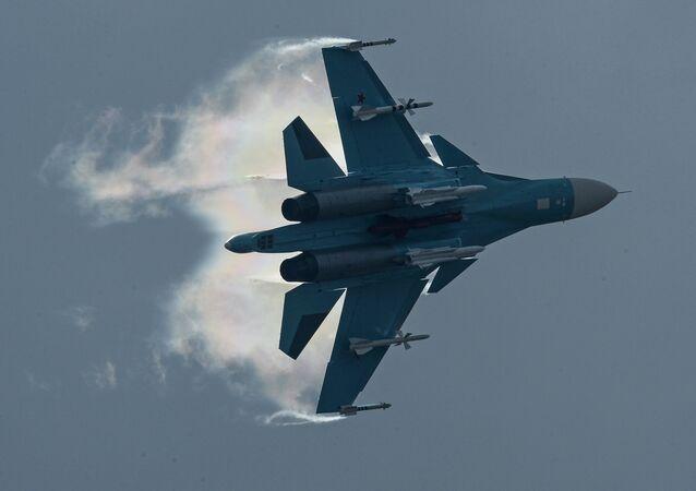 Su-34 bomber jet