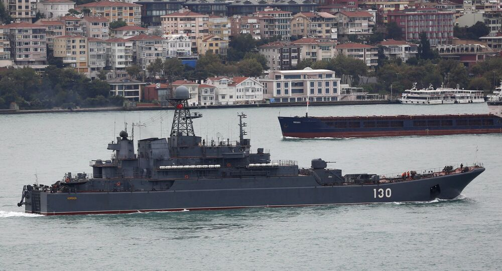 Russian Navy's large landing ship Korolev sails in the Bosphorus, on its way to the Mediterranean Sea, in Istanbul, Turkey, October 1, 2015