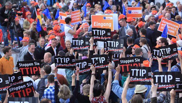 Anti-TTIP Flashmob in Hamburg, Germany - Sputnik International