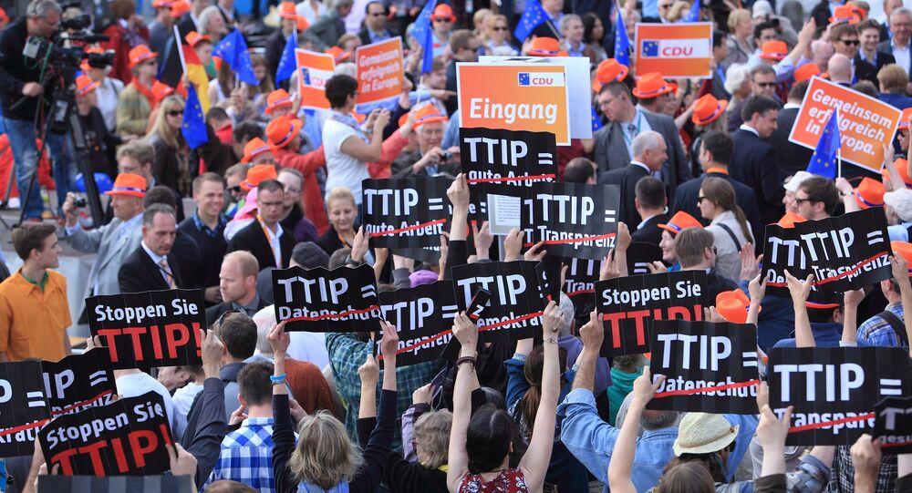 Anti-TTIP Flashmob in Hamburg, Germany
