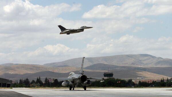 Turkish F16 jets - Sputnik International