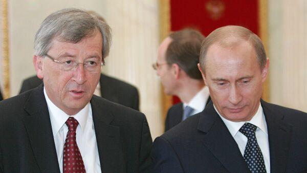 Russian President Vladimir Putin and Jean-Claude Juncker - Sputnik International