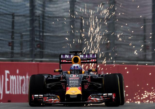 Auto racing. Formula-1. Russian Grand Prix. Free practice