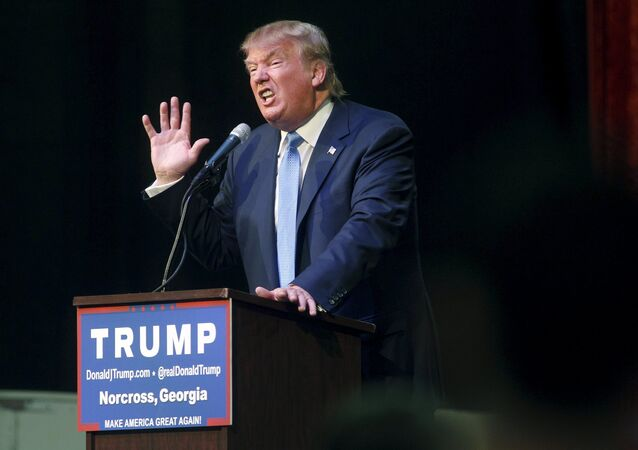 U.S. Republican presidential candidate Donald Trump speaks at a rally in Norcross, Georgia October 10, 2015
