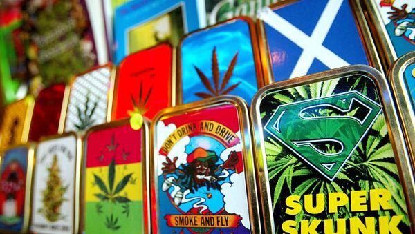 Paraphernalia associated with the use of cannabis is on sale at Camden Market, London, Thursday, Jan. 29, 2004. - Sputnik International