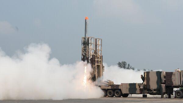 Nirbhay Missile Launch - Sputnik International