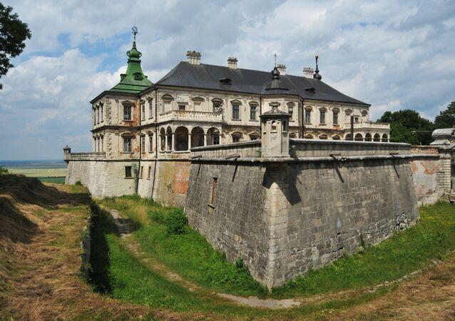 Pidhirtsi Castle in Lviv Region
