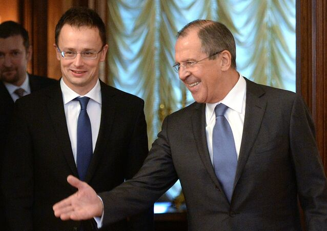 Hungarian Foreign Minister Peter Szijjarto and Russian Foreign Minister Sergei Lavrov. File photo.