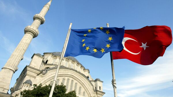 Flags of Turkey, right, and the European Union are seen in front of a mosque in Istanbul, Turkey - Sputnik International