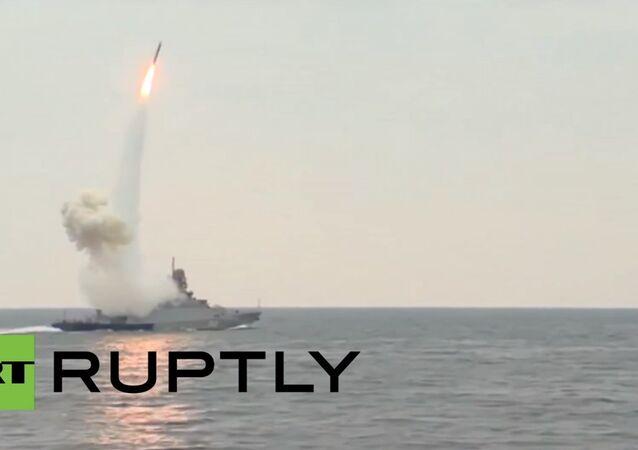 Caspian Flotilla flaunts its missile strike power