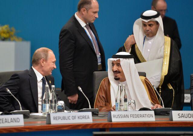 Russian President Vladimir Putin and Saudi King Salman bin Abdulaziz al-Saud (file)