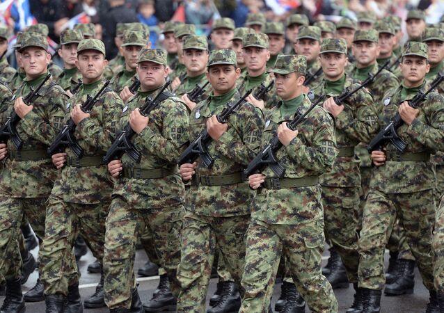 Serbian Army troops
