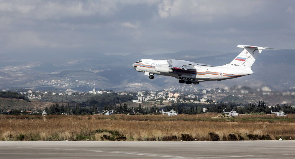 An Il-76 plane of the Russian Emergency Situations Ministry with Russian residents onboard taking off from Latakia