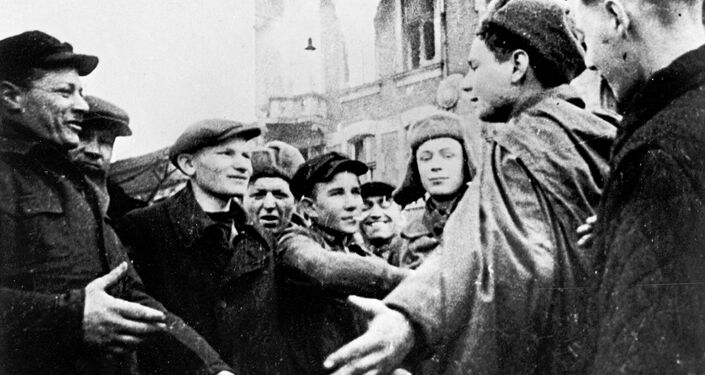 Czestochowa (Poland) residents meet Soviet soldiers. January 1945. The Great Patriotic War of 1941-1945