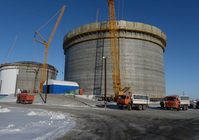 LNG plant construction