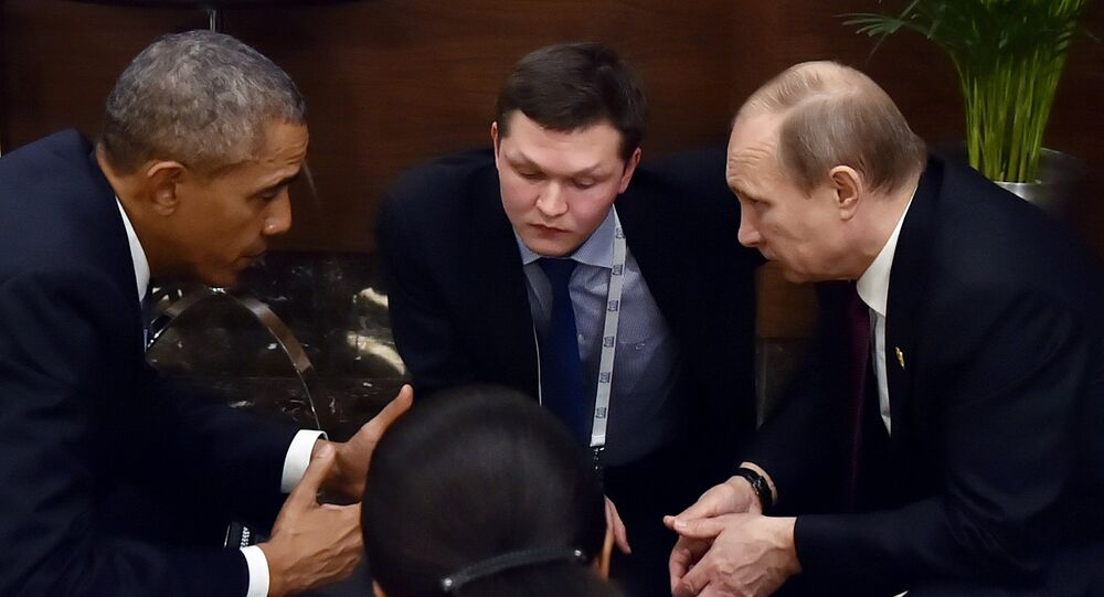 Russian President Vladimir Putin (R) meets with US President Barack Obama (L) on the sidelines of the G20 summit in Antalya, on November 15, 2015