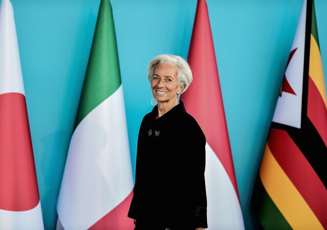 Christine Lagarde, Managing Director of the IMF attends to the G20 Leaders Summit welcoming ceremony on November 15, 2015 in Antalya