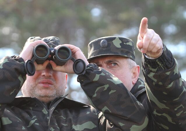 Alexander Turchinov during a military exercise at the Desna training ground in the Chernigov Region