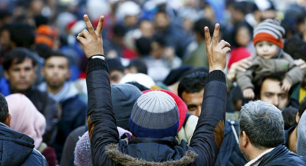 Migrants gesture
