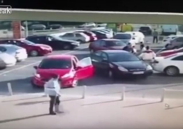 Car Park Rage With An Unexpected Finish