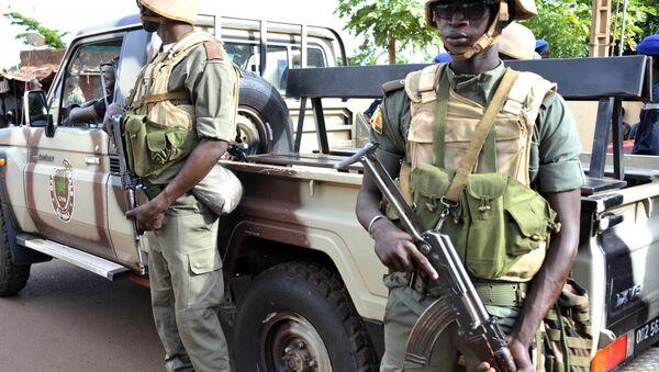 Armed soldiers in Mali's capital Bamako - Sputnik International