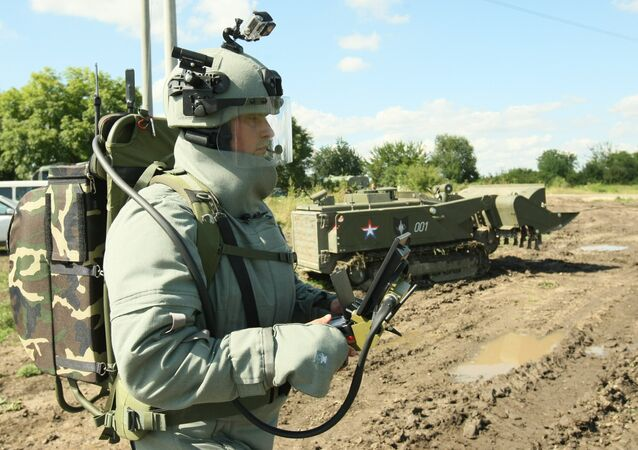 Russian military engineers have developed a device that allows seeing through walls, Rossiyskaya Gazeta (RG) reported.