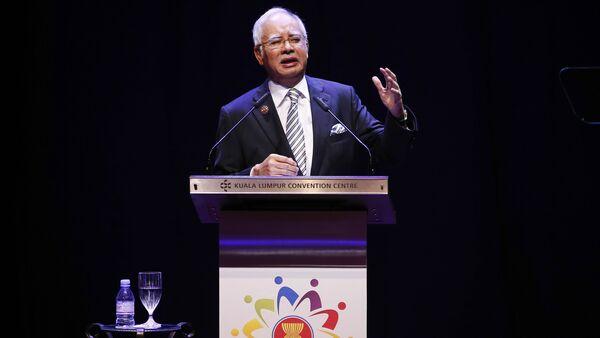 Malaysian Prime Minister Najib Razak speaks at the opening ceremony of the Association of Southeast Asian Nations (ASEAN) summit in Kuala Lumpur, Malaysia - Sputnik International