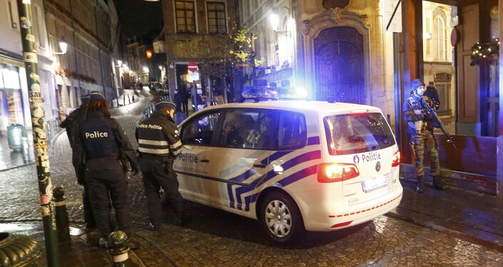 Belgian police and military conduct a search in central Brussels following the recent deadly Paris attacks, in Brussels Belgian police and military conduct a search in central Brussels following the recent deadly Paris attacks, in Brussels, Belgium, November 22, 2015.