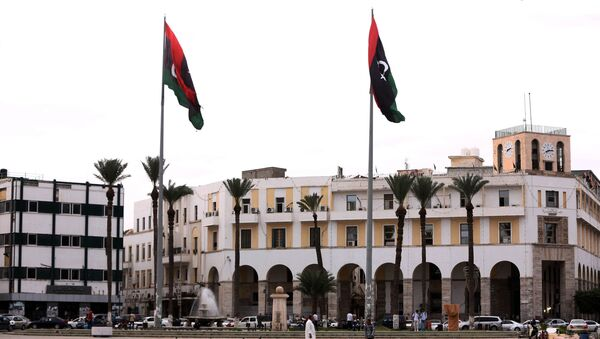 A picture shows Tripoli's Martyrs square, which used to be called the Green Square during the dictatorship of slain Libyan dictator Moamer Kadhafi, in the Libyan capital Tripoli on October 20, 2015. - Sputnik International