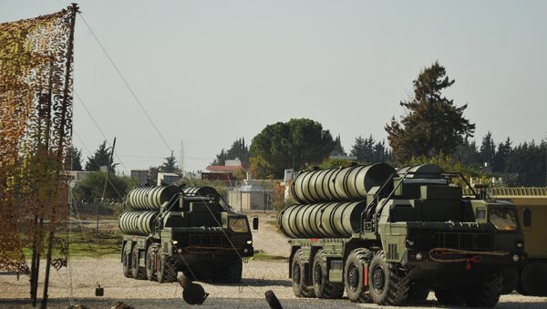 Anti-aircraft missile system S-400 during combat duty to ensure the safety of the Russian air group in Syria - Sputnik International