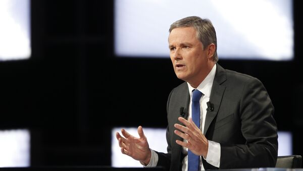 Gaullist candidate for the 2012 French presidential election, Nicolas Dupont-Aignan takes part in the TV broadcast show Des paroles et des actes on a French TV channel. (File) - Sputnik International