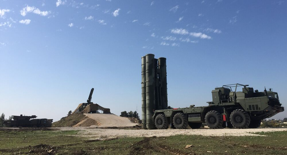 An S-400 air defence missile battery deployed for combat duty at the Hmeymim airbase to provide security of the Russian air group's flights in Syria.
