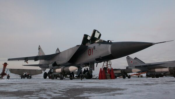 Interceptor fighter MiG-31BM at the airbase in Kansk - Sputnik International